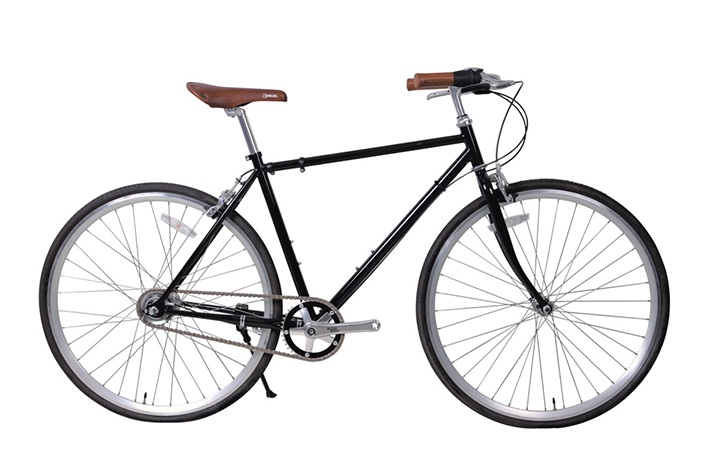 The Difference Between A City Bicycle And A Road Bicycle